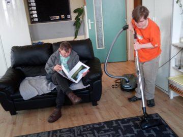 Domácí úklid v domácnosti D